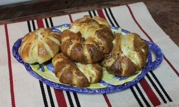 Питки с яйца и крема сирене