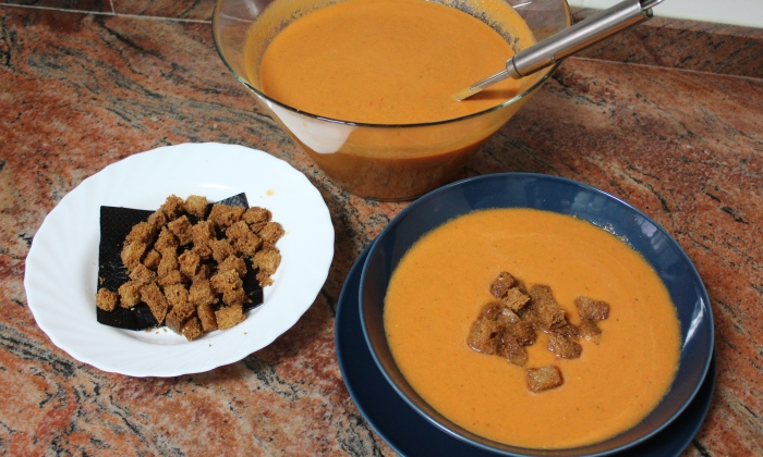 Сурова зеленчукова супа Гаспачо