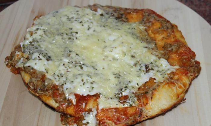 Пица Болонезе на тиган