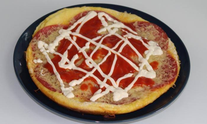 Бърза, лесна и вкусна пица на тиган