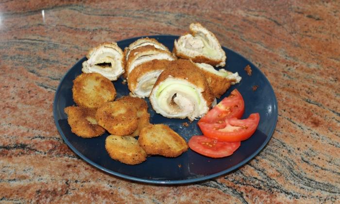 Рулца от пилешко филе, тиквички и патладжан