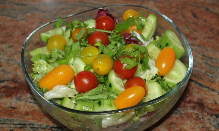 Бърза и лесна зелена салата