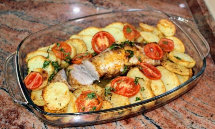 Свинско с картофи на фурна