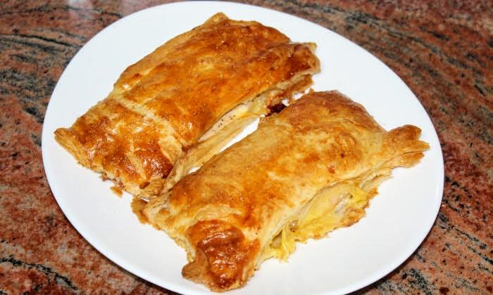 Пилешко филе с бекон и кашкавал в бутер тесто