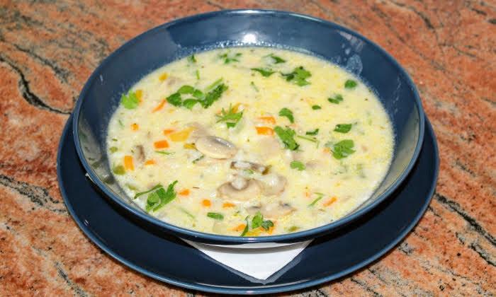 Гъбена супа с ориз