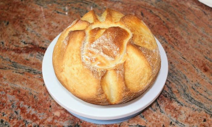 Хляб със суха мая и прясно мляко