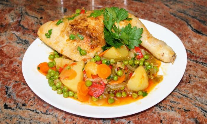 Пилешки бутчета със зеленчуци