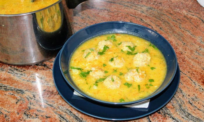 Супа топчета с ориз